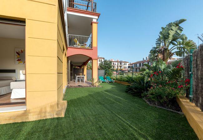 Apartamento en Ayamonte - Costa Esuri  3 dormitorios, 2 baños, piscina, wifi,  jardín privado